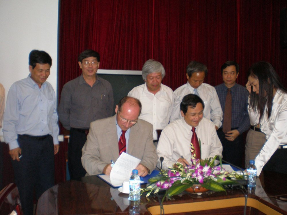 Signature the Memorandum VINACHEM-ANTARES, Vietnam<br />
